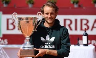 Lucas Pouille remporte le premier Challenger de sa carrière à Bordeaux.