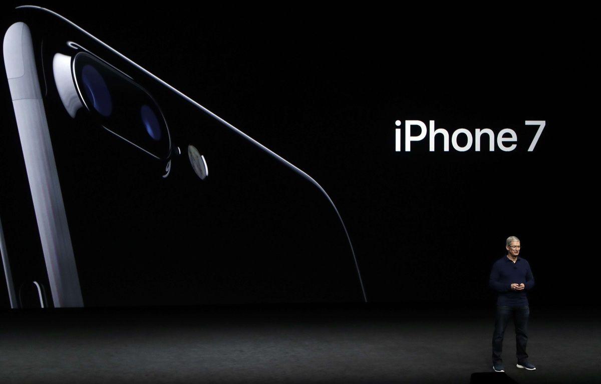 Tim Cook présente l'iPhone 7 – Marcio Jose Sanchez/AP/SIPA
