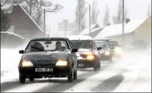 La circulation automobile a été fortement perturbée toute la journée et il était toujours très difficile d'accéder ou de quitter certaines stations samedi soir.