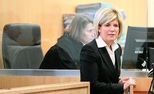 Sylvie Andrieux encourt une peine de dix ans d'emprisonnement et une amende de 150 000 €.
