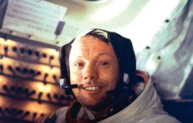 """Il s'était posé sur la lune à bord du module Eagle en juillet 1969, et avait assuré sa place dans l'Histoire en déclarant, en foulant le sol lunaire : """"C'est un petit pas pour l'homme mais un bond de géant de l'humanité""""."""