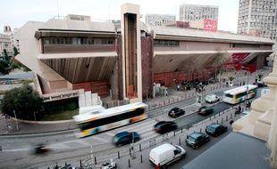 Les Galeries Lafayette, en plein dans le centre bourse situé au bas de la canebière, ont désormais un nouvel accord sur le travail dominical.