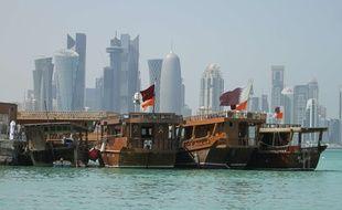 Dans l'attente du verdict, Matthew et Grace Huang sont bloqués à Doha.