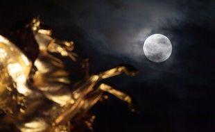 Nombreux sont celles et ceux qui pensent que la pleine lune a des effets sur leur organisme.