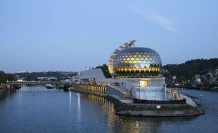 La Seine musicale à Boulogne-Billancourt, bâtiment conçu par l'architecte japonais Shigeru Ban et son associé Jean de Gastines. (Illustration)