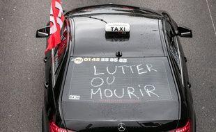 Les taxis ont mené une opération escargot en région parisienne le 20 mai 2019.