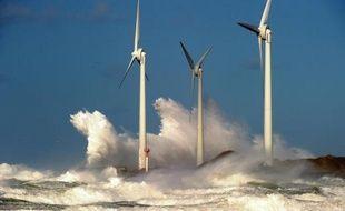Des éoliennes dans la Manche en 2013
