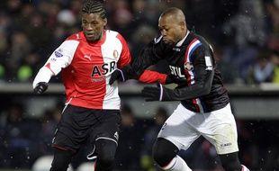 Ibrahim Kargbo (à droite) a truqué un match néerlandais en 2009.