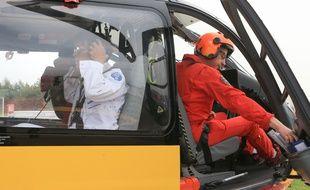 Dragon 67 à Entzheim, hélicoptère de la Sécurité civile et para-médicalisé par les Hôpitaux universitaires de Strasbourg SAMU 67. Strasbourg le 30 08 2017.