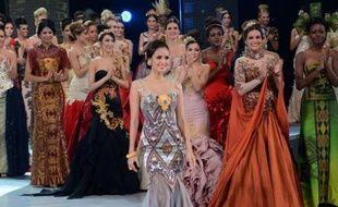 Miss Philippines, Megan Young, a remporté samedi le titre de Miss Monde, juste devant Miss France, au cours d'une cérémonie sur l'île indonésienne de Bali placée sous haute sécurité en raison de l'opposition d'islamistes qui avaient promis de perturber la cérémonie.