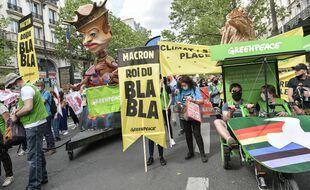 Une marche pour le climat a eu lieu le 9 mai 2021 à Paris, après le vote de la Loi Climat et résilience à l'Assemblée nationale en première lecture.