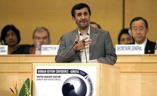 Le président iranien Mahmoud Ahmadinejad le 20 avril 2009 lors de la conférence de Durban II