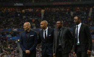 Zinédine Zidane, Thierry Henry, Marcel Desailly et Patrick Vieira, en mars 2015, au Stade de France.