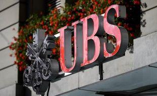 """Raoul Weil était """"l'une des voix les plus influentes"""" au sein de la banque suisse UBS, a affirmé mercredi l'un des témoins présentés par l'accusation devant le tribunal américain où l'ex-banquier est poursuivi pour une vaste fraude fiscale."""
