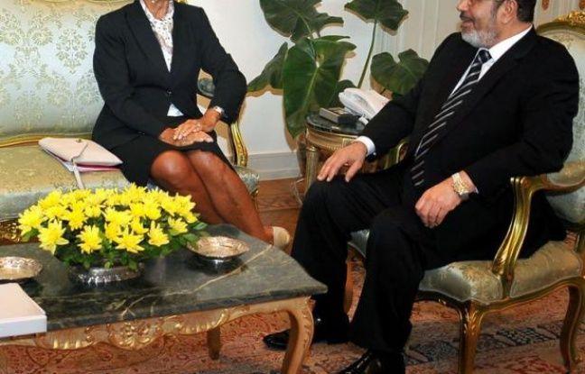 Le FMI a annoncé mardi avoir conclu avec le gouvernement égyptien un accord pour un prêt de 4,8 milliards de dollars sur 22 mois, destiné à aider l'Egypte à surmonter ses difficultés économiques.