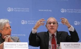 Le secrétaire général de l'OCDE, Angel Gurria, a manifesté son soutien aux achats par la BCE de titres de dette d'Etats de la zone euro en difficulté, pour combattre la crise, dans un entretien paru samedi.