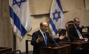 Le nouveau Premier ministre Naftali Bennett dimanche 13 juin 2021 devant la Knesset.