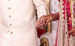 Les mariés ont convolé dans les airs devant 161 invités.