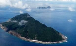 Le gouvernement japonais a annoncé lundi qu'il allait acheter un groupe d'îles en Mer de Chine orientale qui sont fermement revendiquées par la Chine, s'attirant une ferme mise en garde de Pékin.