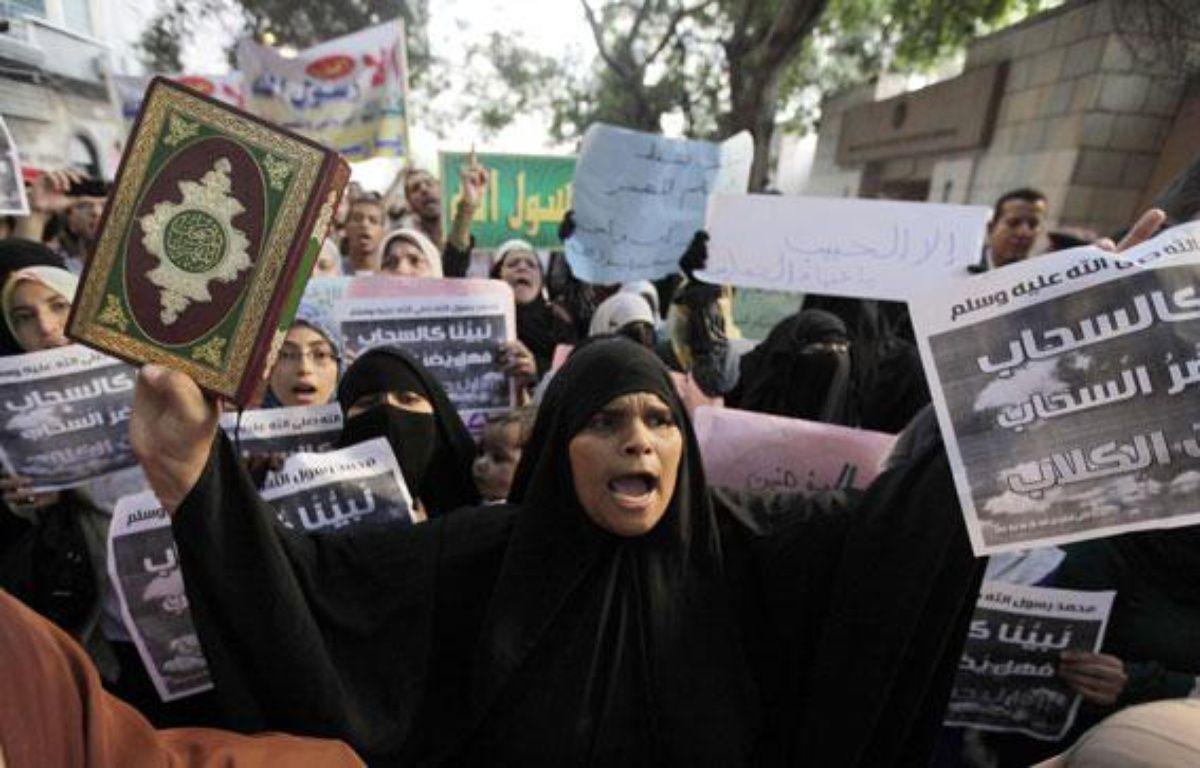 Des manifestants contre la diffusion d'un film américain anti-islam dans les rues du Caire (Egypte), le 11 septembre 2012. – M. ABD EL GHANY / REUTERS