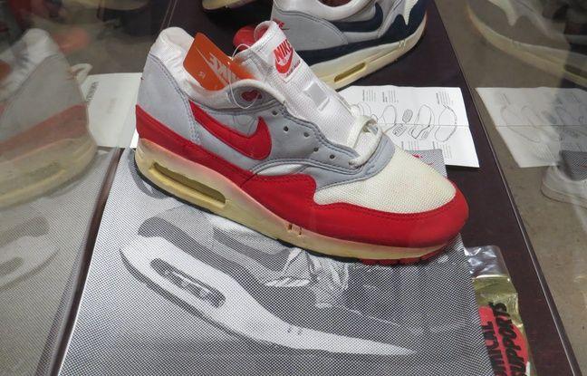 Le premier modèle de Air Max commercialisé par Nike en 1987.