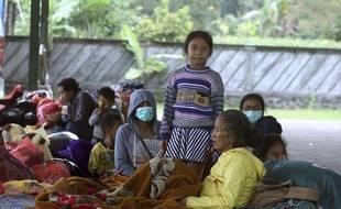 Près de 50.000 personnes ont été évacuées, à Bali.