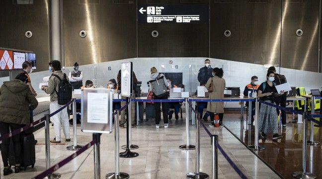 Pass sanitaire : Les Français de l'étranger redoutent un été de « galère » avec l'extension du dispositif
