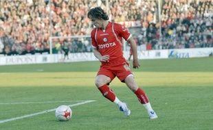Steve Savidan a joué sous le maillot valenciennois de 2004 à 2008.