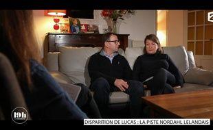 Les parents de Lucas Tronche, Eric et Nathalie, lors de l'émission 19h Le dimanche sur France 2