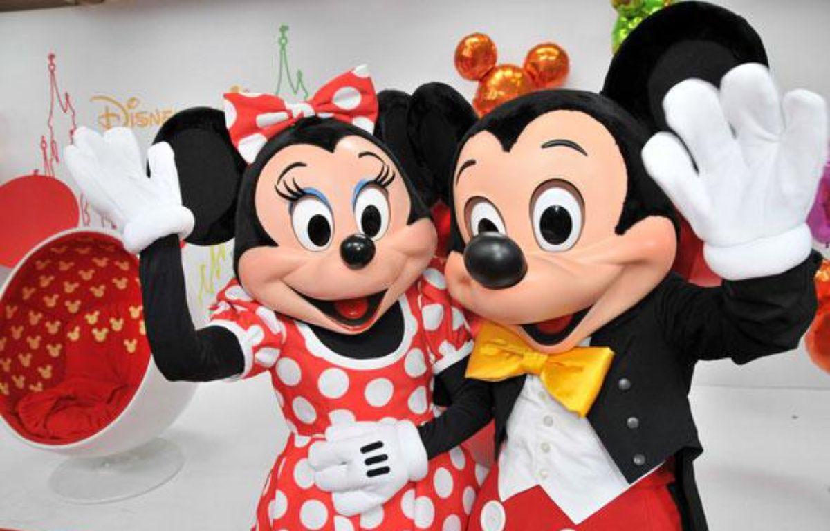 Mickey et Minnie au parc Disneyland Paris. – LORENVU/SIPA