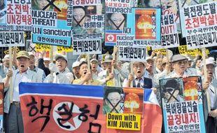 Une manifestation a rassemblé hier à Séoul des Sud-Coréens inquiets après les essais nucléaires de leur voisin du Nord.