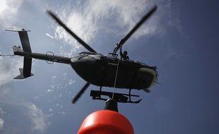 Un hélicoptère des gendarmes de haute-montagne.