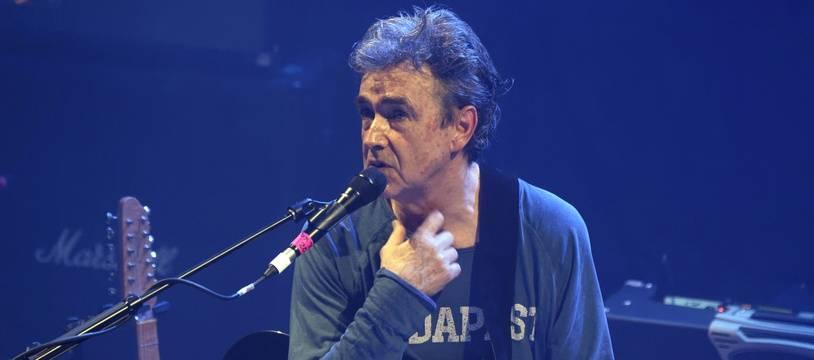 Jean-Louis Murat lors d'un concert à Paris, en décembre 2018.