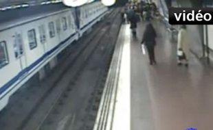 Capture écran de la vidéo, vue dans le métro de Madrid.