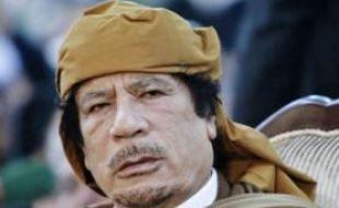 Acculé, le colonel Kadhafi joue la carte du chantage au chaos.