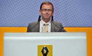 Patrick Pélata, directeur général délégué de Renault, le 30avril 2010 lors d'une conférence à Paris.
