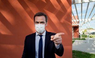 Olivier Véran lors d'une visite dans un hôpital, en mai 2021. (illustration)
