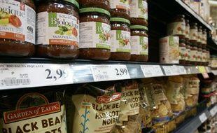 Des produits bio dans un supermarché canadien.