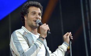 Amir, lors d'un concert à Issy-les-Moulineaux, en juin 2017.