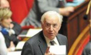 Pierre Méhaignerie (à gauche) est le député le plus assidu, Marcel Rogemont le plus bavard.