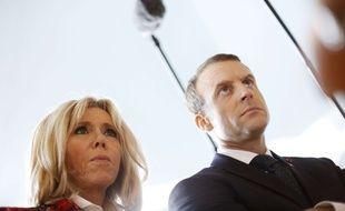 Emmanuel Macron et sa femme Brigitte doivent passer le week-end près du château de Chambord.