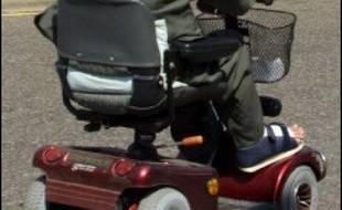 Une Bretonne atteinte de myopathie ne peut plus utiliser son fauteuil depuis qu'EDF a coupé son courant