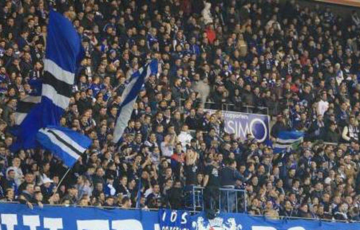 Un écran pour RC Strasbourg avait été réclamé par les supporters, puis annoncé pour la dernière journée contre Bourg-et-Bresse. Finalement, il sera déployé dès la dernière journée face à Niort, au Rhenus sport, vendredi.  –