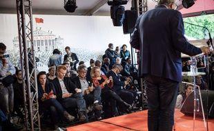 Les députés insoumis agacés par le discours de Pierre Laurent (de dos), le 16 septembre 2017 à La Courneuve.