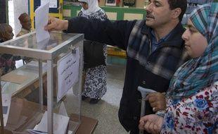 Des électeurs marocains lors des législatives, à Rabat, le 7 octobre 2016.