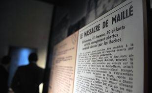 """La stèle """"rend hommage"""" à la division SS responsable du massacre de Maillé (Touraine) en 1944."""