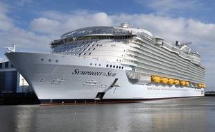 Le Symphony of the seas en cours de construction à Saint-Nazaire.