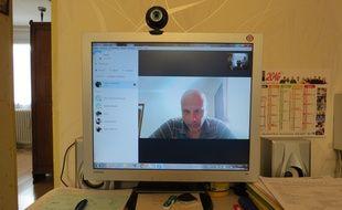 Nicolas Pisapia en Skype.
