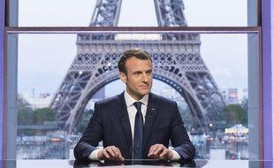 Le président Emmanuel Macron peu avant son entretien avec les journalistes Jean-Jacques Bourdin et Edwy Plenel le 15 avril 2018 au théâtre national de Chaillot.