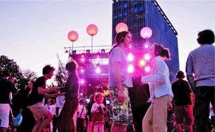 8000 casques avaient été réservés par la municipalité pour cette soirée musicale.